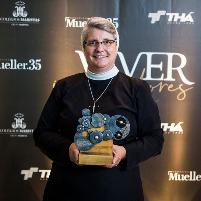 Revista Viver premia Irmã Anete