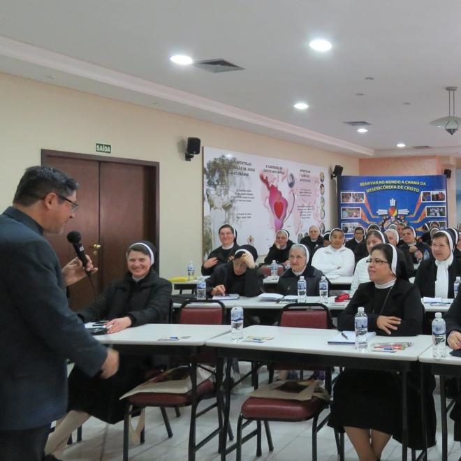 Apóstolas em Assembleia Provincial - 1º Dia