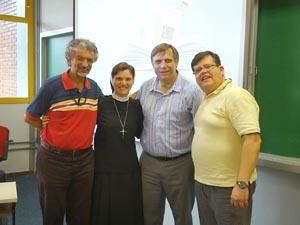 Irmã Valéria defende Dissertação de Mestrado em Teologia