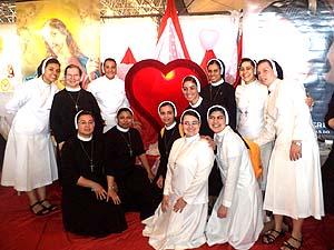 Irmãs Apóstolas participam do XX Hallel