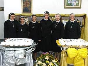 Irmãs Apóstolas celebram Jubileus
