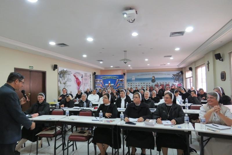 Apóstolas em Assembleia Provincial