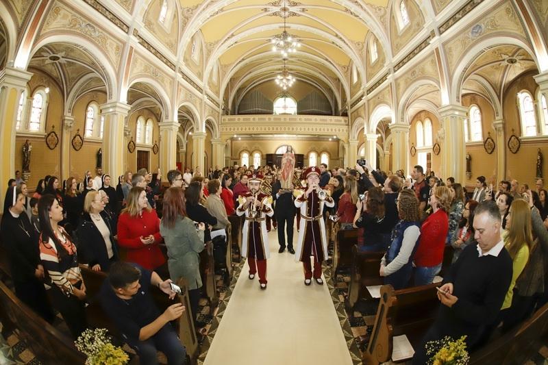 Missa pelos 100 anos do Colégio Sagrado Coração de Jesus, em Curitiba