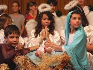 Educandos revivem a história do Natal