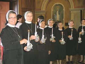 Irmãs Apóstolas celebram festivamente Jubileu de Prata