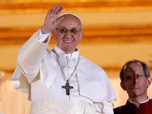 Cardeal Jorge Mario Bergoglio é eleito Papa